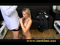 Casting - Zany blonde gets her body coated