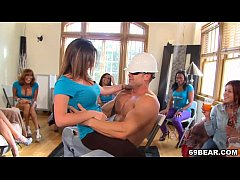 Bachelorette Party Turns Into Blowjob Orgy