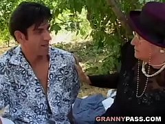 sdGranny Seduces Young Guy