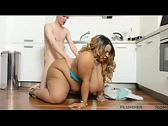 sdExotic Ebony BBW Shanice Richards Sucks and Fucks Worker