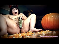 Messy Pumpkin Carving and Frankenstein's Monster Fuck with LilKiwwiMonster!