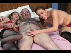 Clip sex me and two ladies having fun