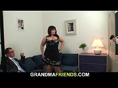 Have threesome sex with adult mom