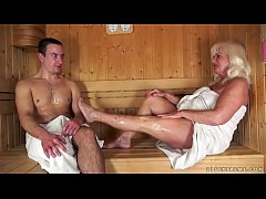999analcam.com - Granny fucked in sauna