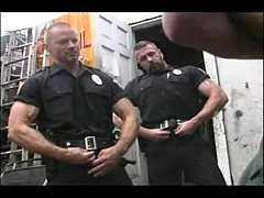 2 Hot Cops Fuck 2 Hot Mechanics