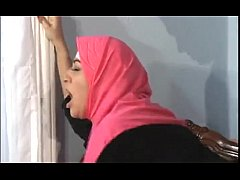 girl in pink hijab fucked hard