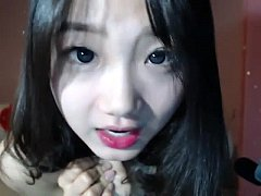 korean girl strips on a webcam part 1 - camgirlvip.com