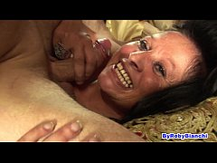 Milf in gang bang