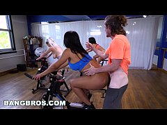 bangbros curvy latina rose mondeo fucked in spin class by brick danger