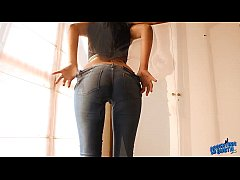 round ass teen in ultra tight jeans and thong. hot as hell