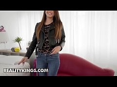 Mikes Apartment - (AElle Rose, Erik Everhard) - Elles Beautiful Booty - Reality Kings
