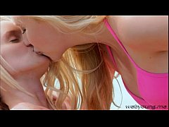 Blonde teens Sammie and Samantha stimulate each other licking their pussy