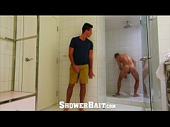 showerbait - straight guy gets ass eaten and fucked in the shower