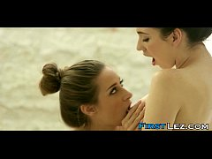 Naughty teen seduces an Asian beauty