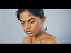 Tamil actress Karthika topless scene