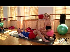 Sexy Blonde Trainer Kelly White Gets A Hardcore...