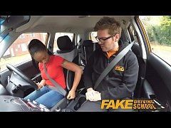 HD Fake Driving School ebony learner with big tits is worst driver yet