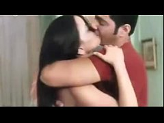 INDIAN GIRLFRIEND KISSING PASSIONATELY