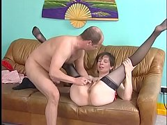 Horny MILF Ymgrid spreads her legs apart to get wet pussy eating
