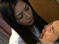 Clip sex Licking gave slave a face-full of mistress' saliva