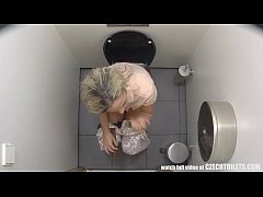 Must-Watch What Girls do in the Bathroom