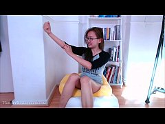 Super cute vlog by her bookcase