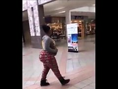 RIDICULOUS BOOTY AT THE MALL- Theonlyhydro (1)