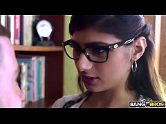 HD BANGBROS - Mia Khalifa is Back and Hotter Than Ever! Check It Out!
