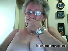 Grandma showing big tits on webcam- bomcams.com