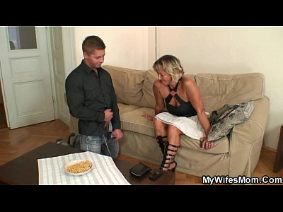 Daughter Mature Mom video: She finds him fucking her old mother