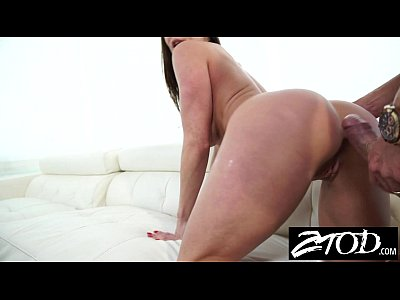 Bigtits Blowjob Cougar video: Kendra Lust is a big ass milf who loves big cock
