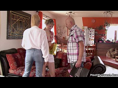 Couplethreesome Familythreesome Maturecoupleandteen video: Old couple seduce teen and bang her