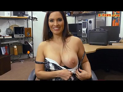 Brunette babe drilled by nasty pawn guy
