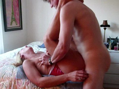 T-Girl Gets Pounded