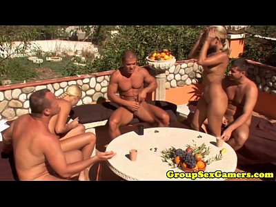 Facial Orgy Eurosex video: Toga sexgamers facialized outdoor