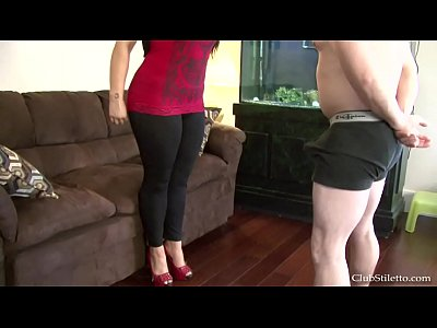 Ballbusting Samantha video: balls are for busting