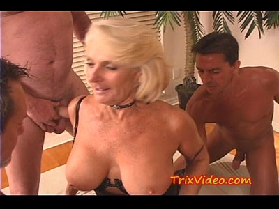 Group Mature video: His GRANNY gets GANG BANGED