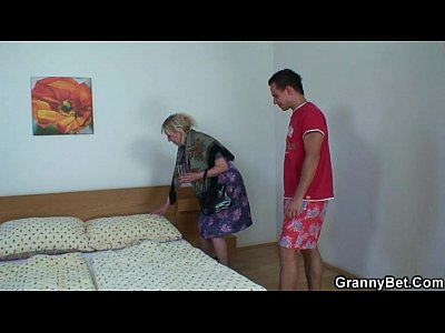 Grandma Granny Grannygames video: Busty blonde granny pleases him after shower