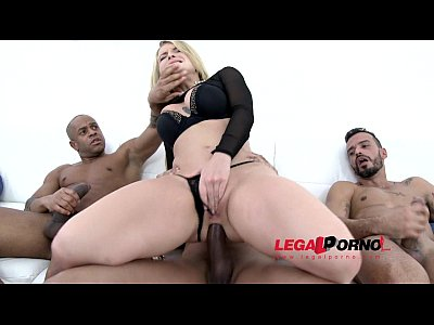 Blonde Blowjob Ass video: Maximum anal stretching for Jemma Valentine: blonde slut assfucked by 4 huge cocks SZ1141