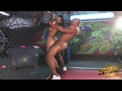 Ass Latina Curvy video: Latina Superstar Angelina Castro Fucks MMA Fighter