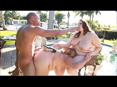 2 Hot Busty BBW Babes Fuck Latino Hunk By the Pool