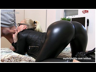 Amateur Latex Fetish video: My Dirty Hobby - Lara-Cumkitten 2x Gesichtsbesamung