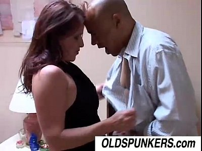 Coogar Cougar Cumshot video: Smoking hot MILF Tasia loves the taste of cum