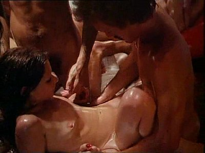 Blowjobs Cum porno: Pretty Peaches 1978 Desiree Cousteau