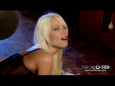 Bigtits Blonde Blowjob video: PINKO HD Stunning Italian babe fucked hard