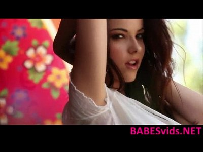 Awesome Babe Beautiful video: Elizabeth Marx - Wet Game