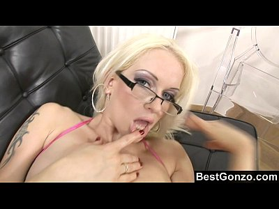 Blonde Blowjob Busty video: Anal Sex At The Office