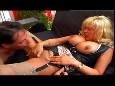 GERMAN BIG TITTED MILF