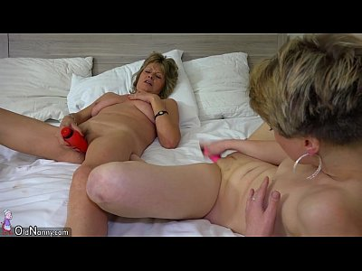 Granny Lesbian Masturbate video: OldNanny sexy mom with ten masturbate on bed