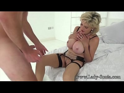 British Sonia lets one of her biggest fans fuck her MILF pussy